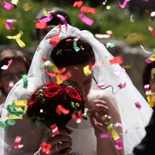 Wedding confetti makes beautiful memories